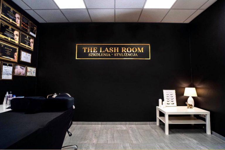 lash room lustro