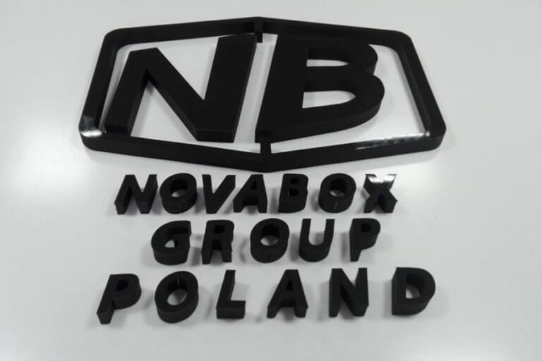 logo styrodur plexi novabox